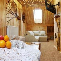 Art Hotel Vykrutasy 3* Люкс с различными типами кроватей фото 13