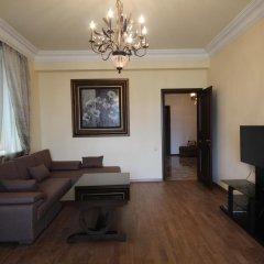 Апартаменты Luxe Apartment at North Avenue комната для гостей