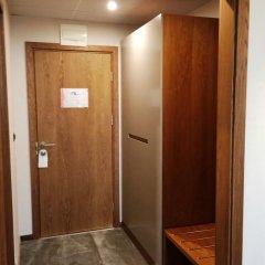 Отель Golden Tulip Varna Болгария, Варна - отзывы, цены и фото номеров - забронировать отель Golden Tulip Varna онлайн сейф в номере