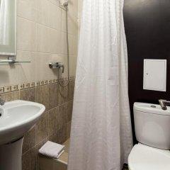 Гостиница Радужный 2* Стандартный номер с двуспальной кроватью фото 30