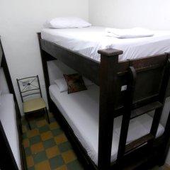 Отель Hostal Pajara Pinta Кровать в общем номере с двухъярусной кроватью фото 9