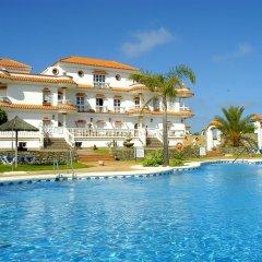 Отель Diufain Испания, Кониль-де-ла-Фронтера - отзывы, цены и фото номеров - забронировать отель Diufain онлайн бассейн фото 2