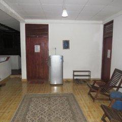 Отель Thisara Guesthouse интерьер отеля