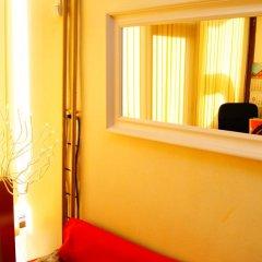 Гостиница Мини отель Звездный в Новосибирске 5 отзывов об отеле, цены и фото номеров - забронировать гостиницу Мини отель Звездный онлайн Новосибирск сейф в номере