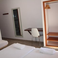 Отель Hostal Las Nieves удобства в номере