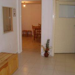 Отель Plamena Guest Rooms Болгария, Карджали - отзывы, цены и фото номеров - забронировать отель Plamena Guest Rooms онлайн интерьер отеля