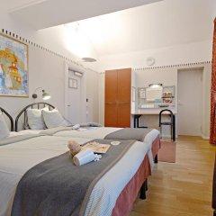 Отель Långholmen Hotell 3* Стандартный семейный номер с двуспальной кроватью
