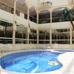 Отель Al Seef Hotel ОАЭ, Шарджа - 3 отзыва об отеле, цены и фото номеров - забронировать отель Al Seef Hotel онлайн бассейн