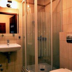 Отель Dom Wczasowy Grań Польша, Закопане - отзывы, цены и фото номеров - забронировать отель Dom Wczasowy Grań онлайн ванная фото 2
