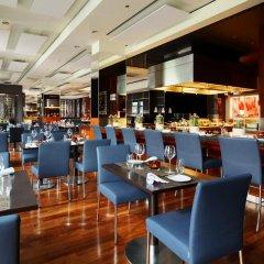 Отель Berlin Marriott Hotel Германия, Берлин - 3 отзыва об отеле, цены и фото номеров - забронировать отель Berlin Marriott Hotel онлайн питание фото 3