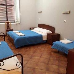 Отель Overseas Guest House комната для гостей фото 5