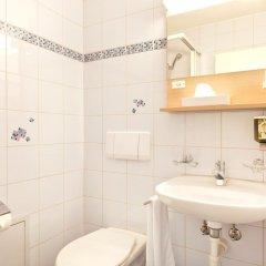 Hotel Alpenblick 3* Стандартный семейный номер с различными типами кроватей