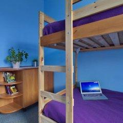 Хостел Высшая Лига Кровать в общем номере с двухъярусной кроватью фото 8