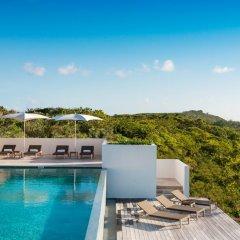 Отель Sailrock Resort- Island Hop Flight Included бассейн