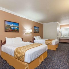 Отель Days Inn And Suites South Gate 2* Стандартный номер фото 2