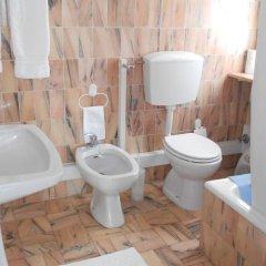 Отель Vila Lido Португалия, Портимао - отзывы, цены и фото номеров - забронировать отель Vila Lido онлайн ванная фото 2