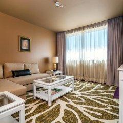 Отель Holiday Inn Porto Gaia 4* Стандартный номер с различными типами кроватей фото 7
