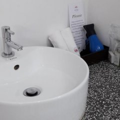 The Flora Boutique Hotel 3* Улучшенный номер с различными типами кроватей фото 4
