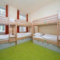 Hostel Ananas Кровать в общем номере фото 9