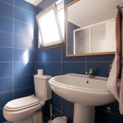 Отель Ericeira Surf Camp 2* Кровать в общем номере двухъярусные кровати фото 36