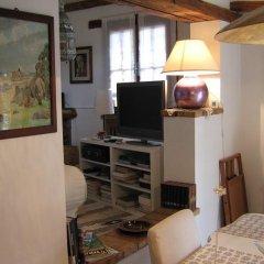 La Casa Nella Roccia.La Casa Nella Roccia Sacrofano Italy Zenhotels