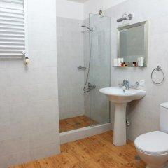 Отель Comfort Hotel Грузия, Тбилиси - отзывы, цены и фото номеров - забронировать отель Comfort Hotel онлайн ванная