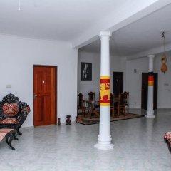 Отель Negombo Village интерьер отеля