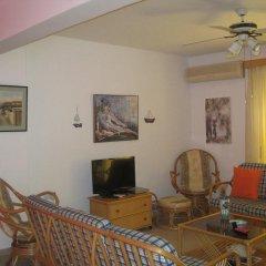 Отель Polyxenia Isaak Annex Apartment Кипр, Протарас - отзывы, цены и фото номеров - забронировать отель Polyxenia Isaak Annex Apartment онлайн комната для гостей фото 3
