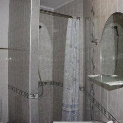 Гостиница Guest house Vladimir в Краснодаре отзывы, цены и фото номеров - забронировать гостиницу Guest house Vladimir онлайн Краснодар ванная