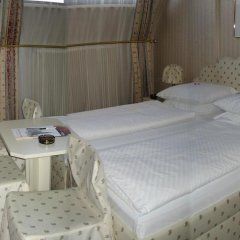 Schweizerhof Hotel 3* Стандартный номер фото 11