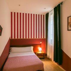 Отель Hostal La Casa de La Plaza Стандартный номер с двуспальной кроватью (общая ванная комната) фото 4