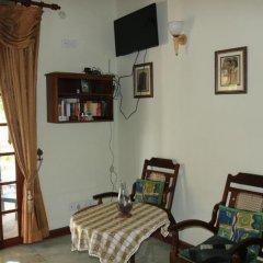 Отель Mahi Villa Шри-Ланка, Бентота - отзывы, цены и фото номеров - забронировать отель Mahi Villa онлайн комната для гостей фото 3