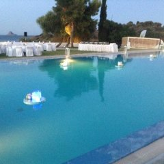 Отель Aliki Beach Hotel Греция, Галатас - отзывы, цены и фото номеров - забронировать отель Aliki Beach Hotel онлайн бассейн фото 2