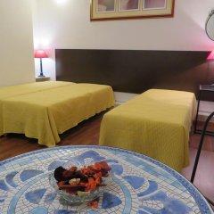 Отель A Ponte - Saldanha 2* Стандартный номер с двуспальной кроватью
