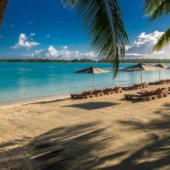 Отель The St Regis Bora Bora Resort пляж фото 6
