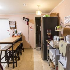 Gold Hill Guesthouse - Hostel питание фото 2