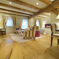 Garden Palace Hotel 4* Люкс повышенной комфортности с разными типами кроватей фото 7