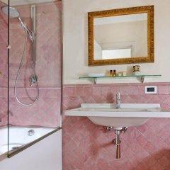 Отель Caesar House Residenze Romane ванная фото 2