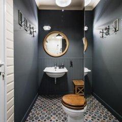 Отель 5 Vintage Guest House 3* Номер Делюкс с двуспальной кроватью фото 20