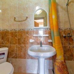 Гостиница Кузбасс в Большом Геленджике 3 отзыва об отеле, цены и фото номеров - забронировать гостиницу Кузбасс онлайн Большой Геленджик ванная