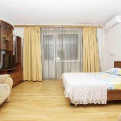 Апартаменты Альт Апартаменты (40 лет Победы 29-Б) Семейный полулюкс с разными типами кроватей фото 2