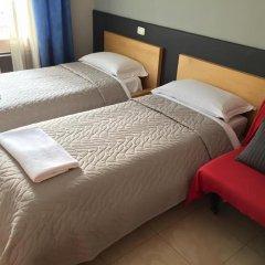 Отель Overseas Guest House Стандартный номер с различными типами кроватей фото 2