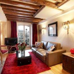 Отель Bourbon Exclusive With View Париж комната для гостей фото 5