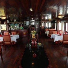 Отель Majestic Halong Cruise 3* Номер Делюкс с различными типами кроватей фото 11