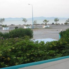 Отель Angela Thalia Apartments Греция, Калимнос - отзывы, цены и фото номеров - забронировать отель Angela Thalia Apartments онлайн пляж