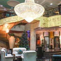 Отель Mayfair Hotel ОАЭ, Дубай - отзывы, цены и фото номеров - забронировать отель Mayfair Hotel онлайн интерьер отеля фото 2