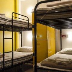 Hostel Mundo Joven Catedral Кровать в общем номере фото 5