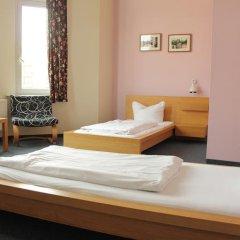 Отель St Christophers Inn Berlin Стандартный номер с 2 отдельными кроватями (общая ванная комната) фото 5