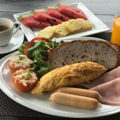 Отель Samaya Bura Beach Resort - Koh Samui питание
