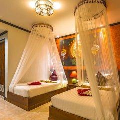 Tanawan Phuket Hotel 3* Улучшенный номер с двуспальной кроватью фото 7